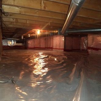 view of a big crawlspace